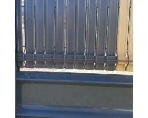 Plaque de soubassement pour clôtures
