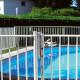Collier cloture piscine Bekazur mise en situation