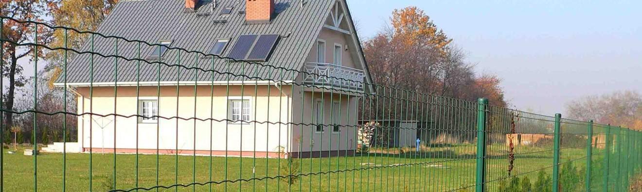 Rouleaux de clôture résidentielle
